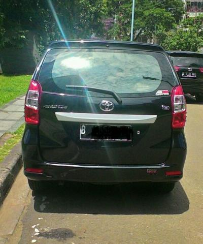 Foto: Dijual Toyota Avanza E Manual ABS  Hitam 2015