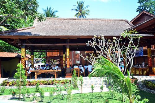 Foto: Lowongan kerja Restoran Caspla Beach Hotel Posisi: Juru Masak (Chef)