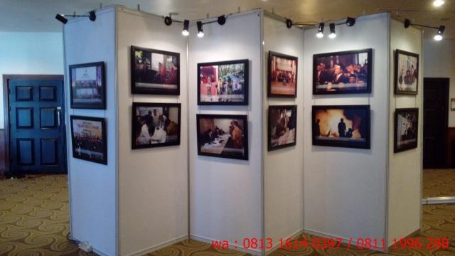 Foto: Sewa Panel Photo | Partisi Pameran