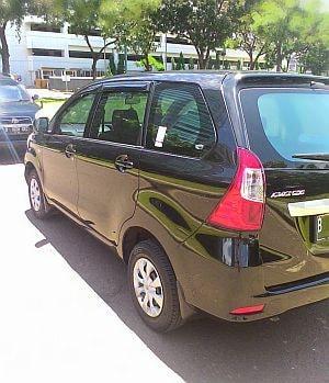 Foto: Dijual Toyota Grand New Avanza 2015 Hitam Tipe E Manual